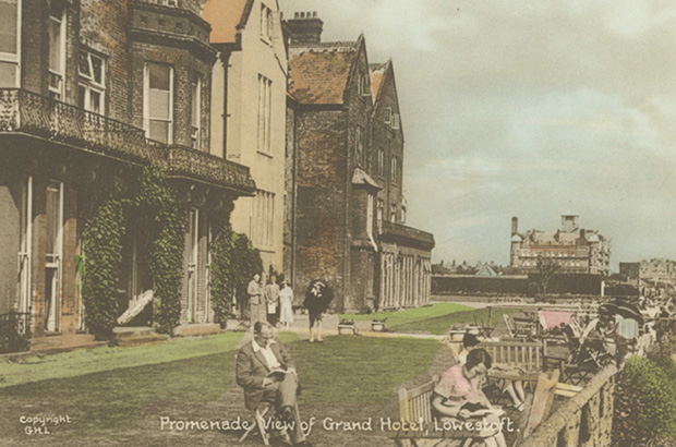 Lowestoft Hotel before it became the Cefas science laboratory